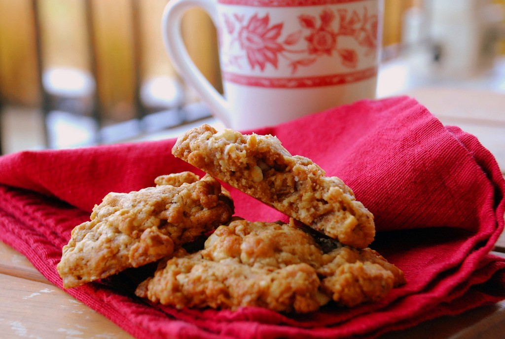 Biscoff white chocolate oatmeal cookies_small