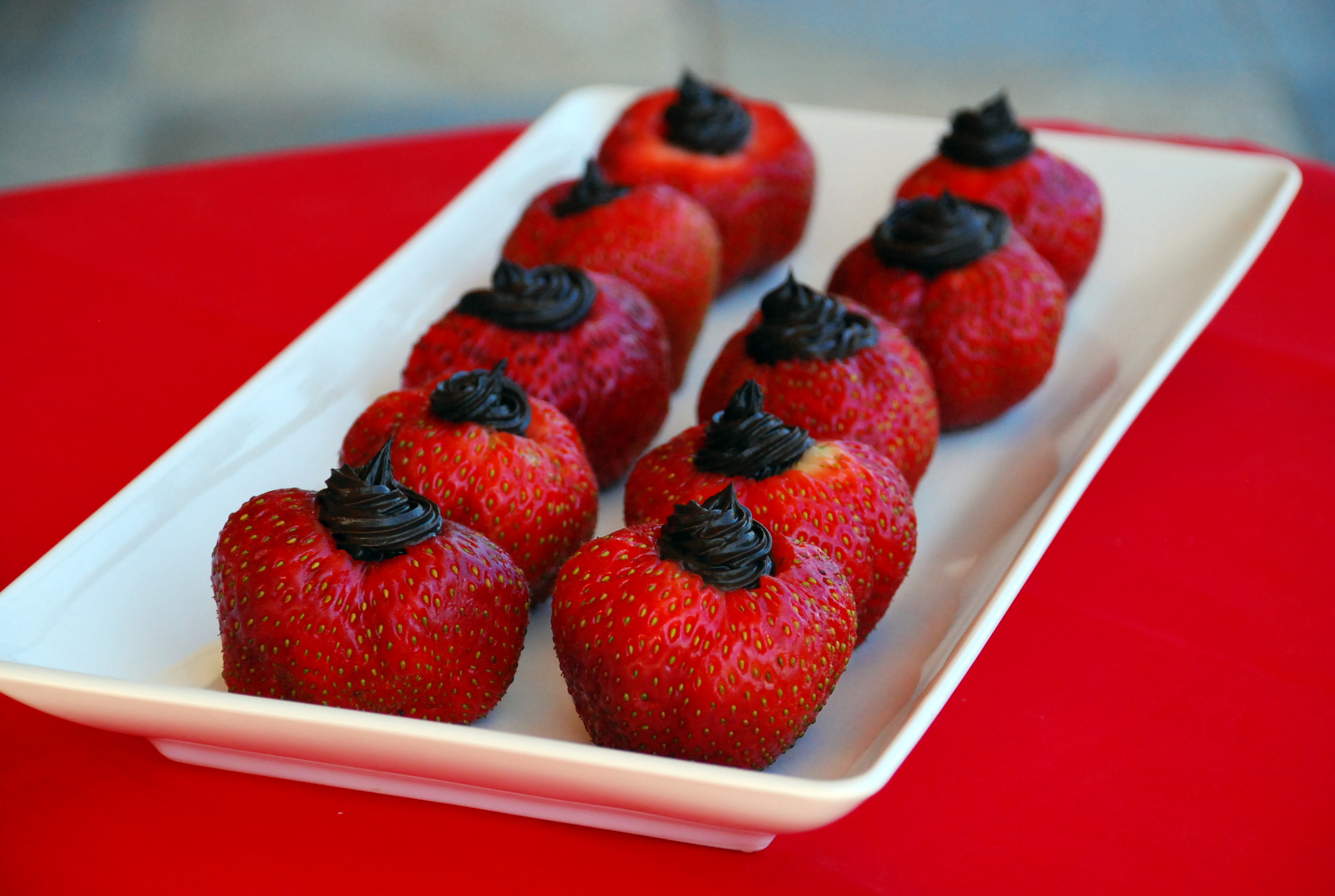 Dark Chocolate-Stuffed Strawberries