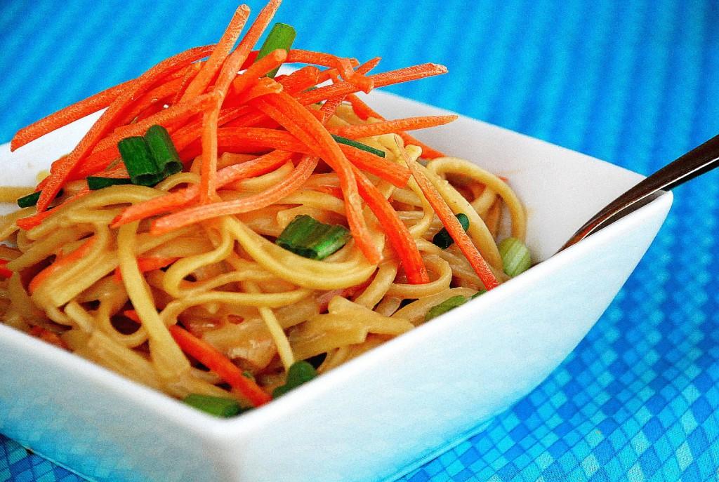 Super fast Thai peanut noodle bowls 2_small