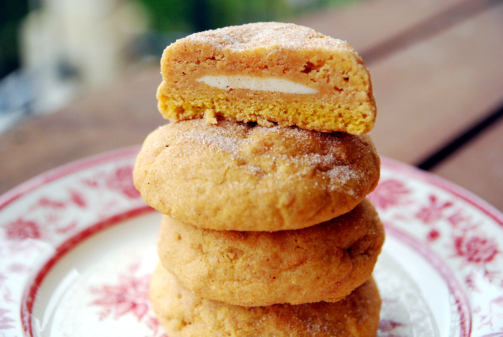 Cheesecake-Stuffed Pumpkin Snickerdoodles