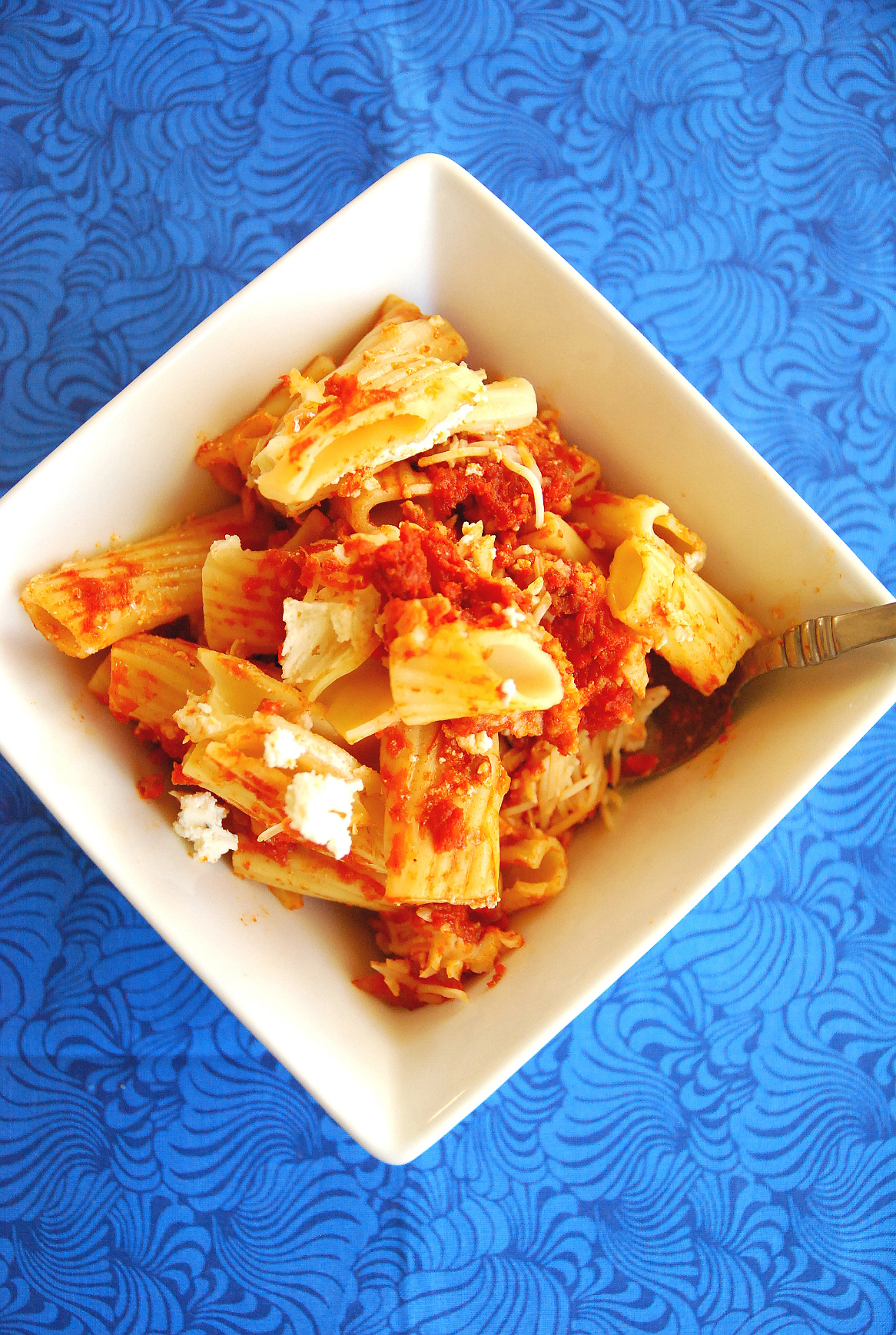 Hearty baked rigatoni with sausage