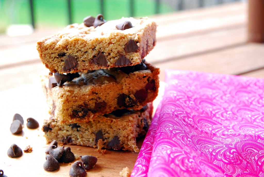 classic chocolate chip bars 1_small