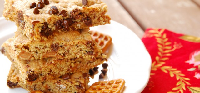 chocolate chip caramel pretzel bars 1_small