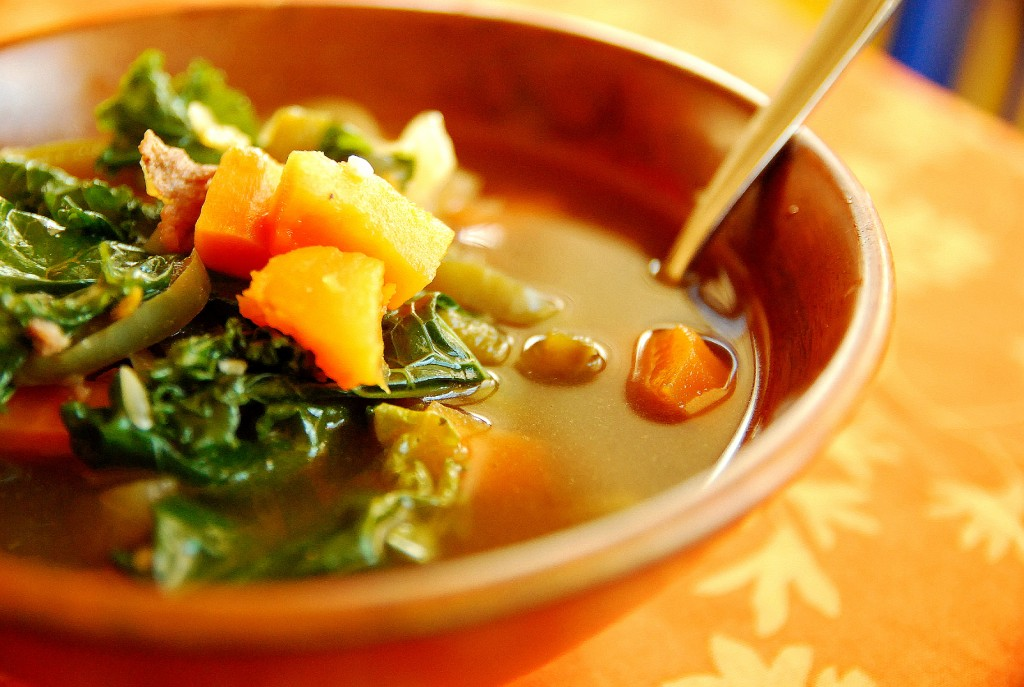 Spicy sweet potato sausage and kale soup 1_small