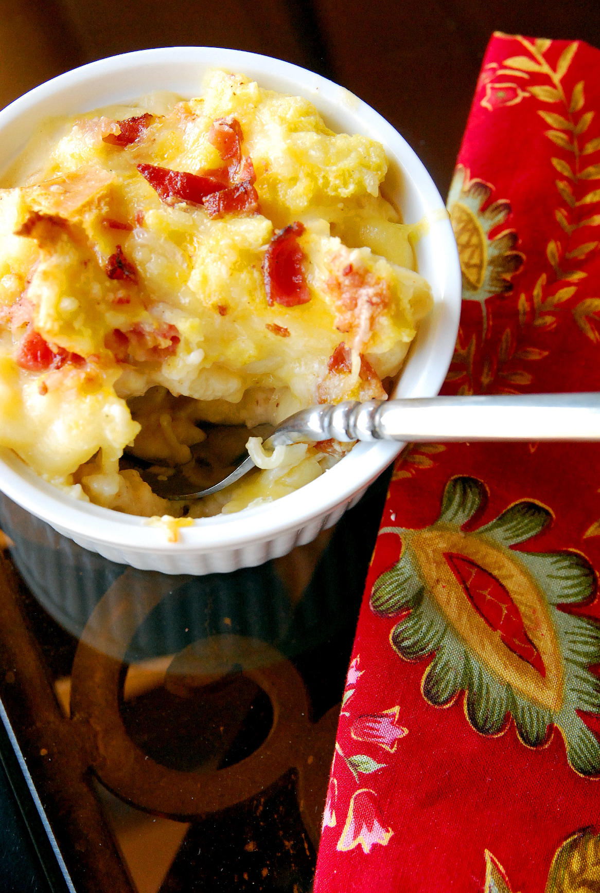 Bacon-Kissed Mac 'n Cheese