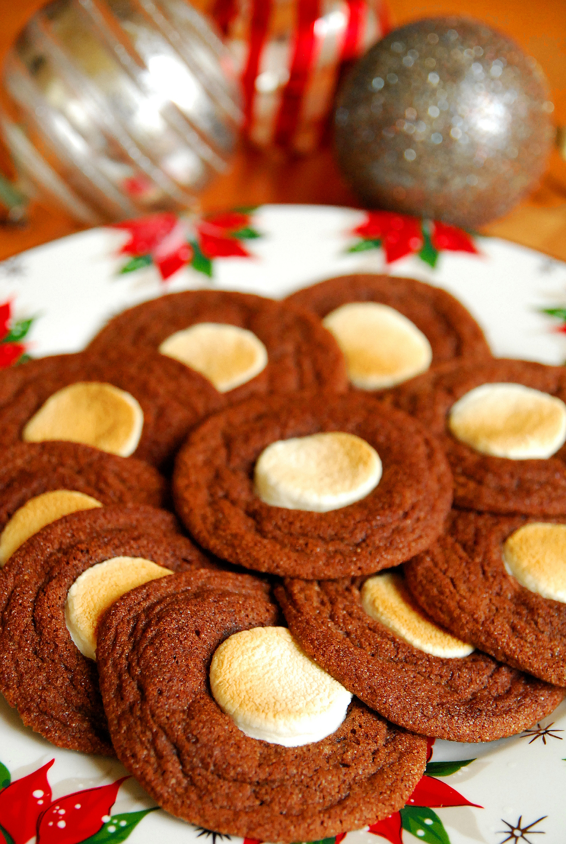 Holiday Cookie Countdown: Toasted Marshmallow Hot Chocolate Cookies