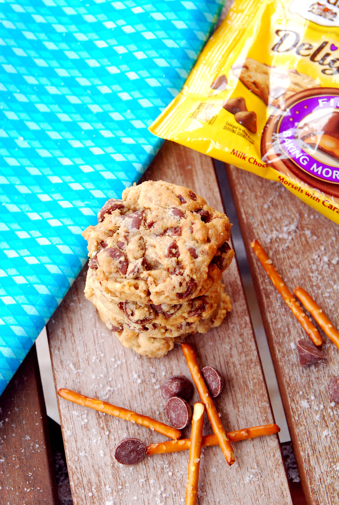 Sweet 'n Salty Milk Chocolate Caramel Pretzel Cookies