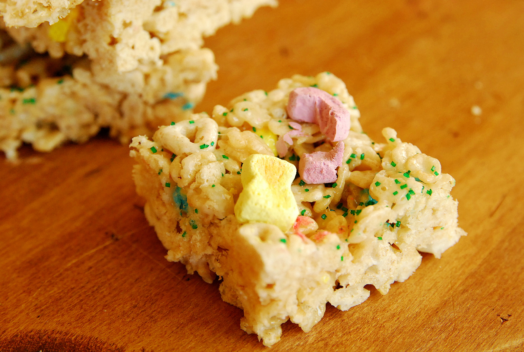 Lucky Charms Krispie Treats (magically delicious!)