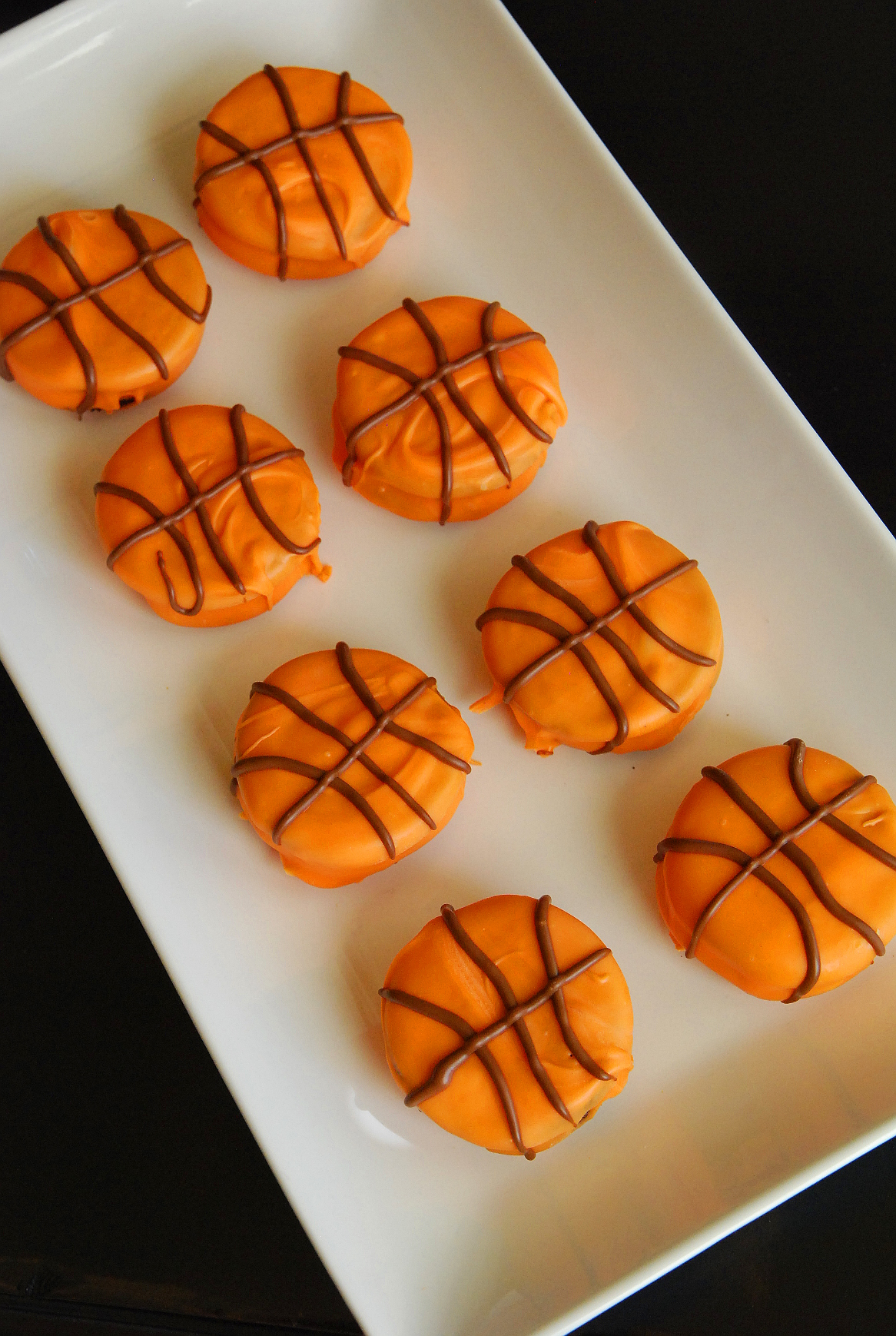 Score!  Easy March Madness Cookies