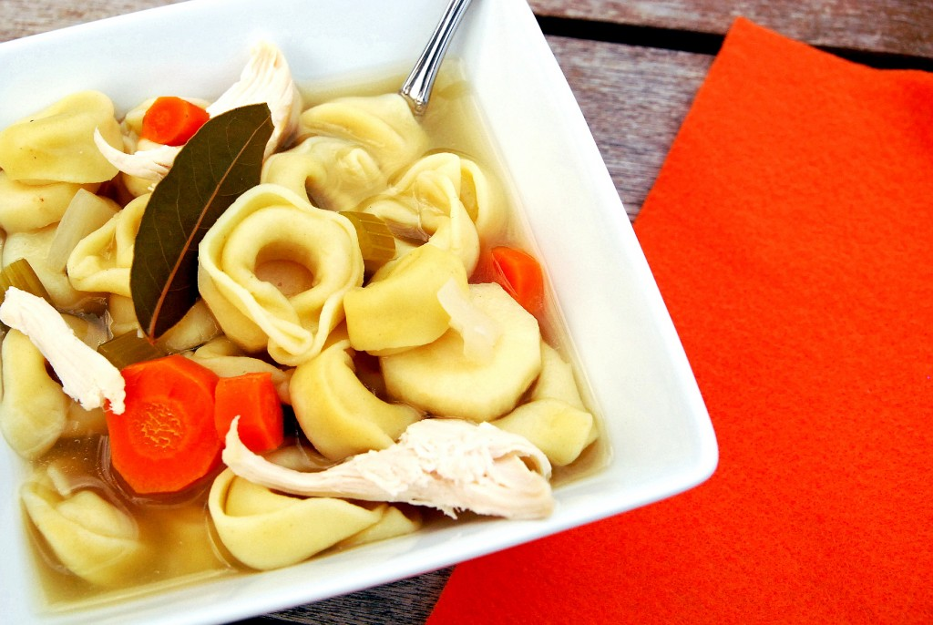 chicken-tortellini-soup-1_small
