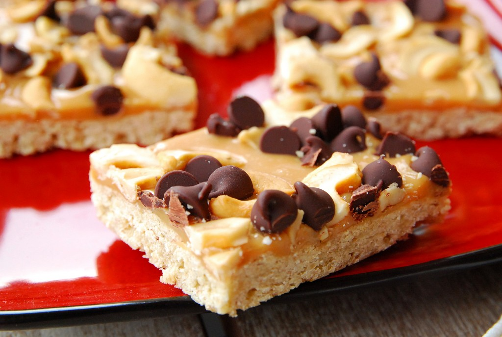 chocolate-caramel-cashew-bars-1_small