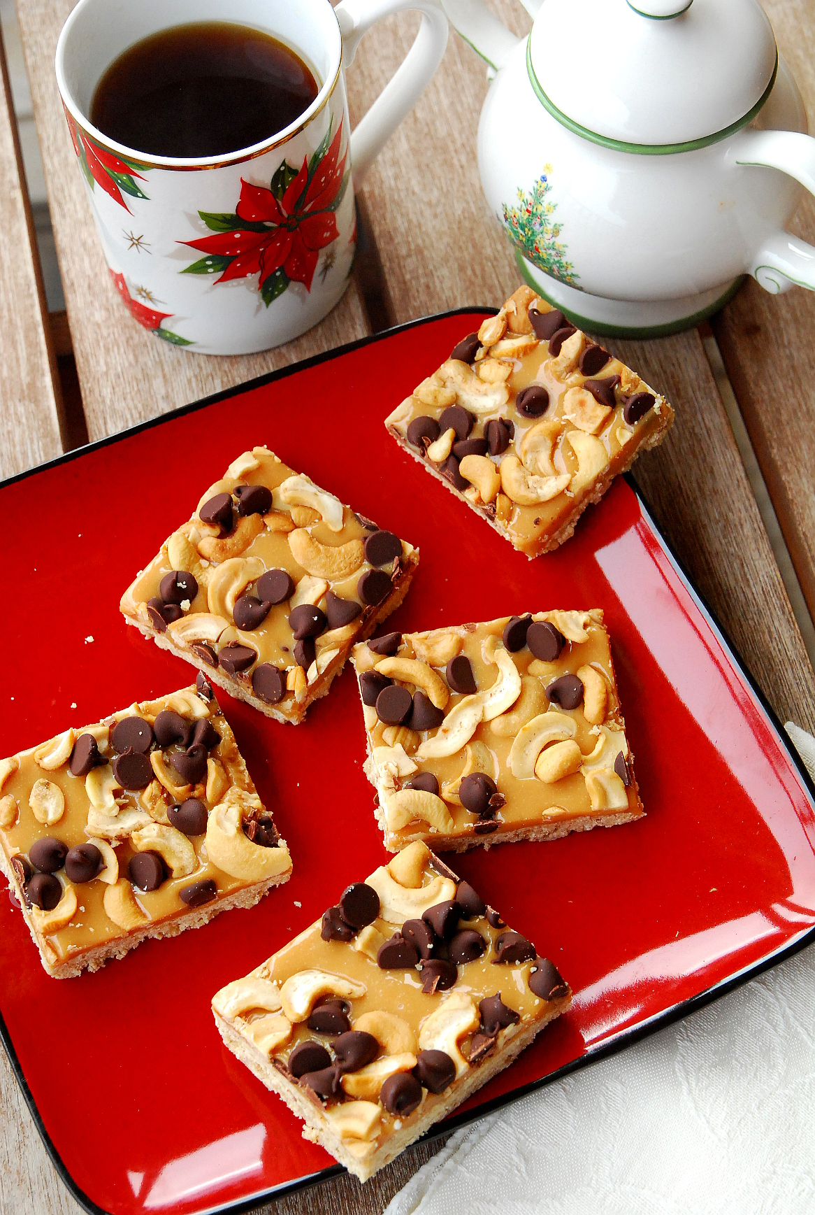 Holiday Cookie Countdown: Chocolate Caramel Cashew Bars