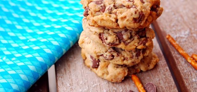 Milk chocolate caramel pretzel cookies 1_small
