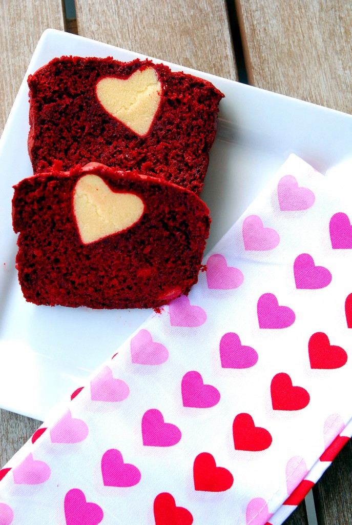 heart-y red velvet banana bread 2_small