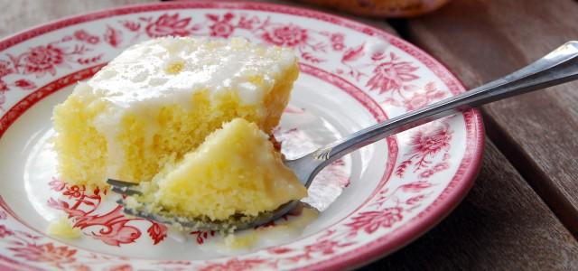 luscious lemon sheet cake 1_small