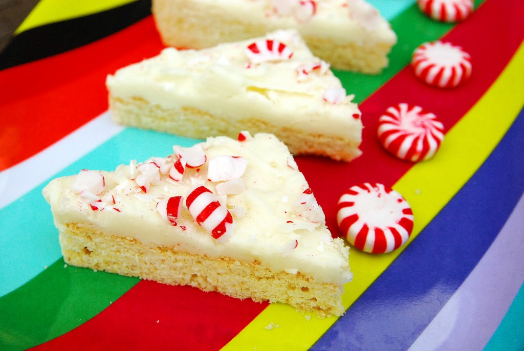 Peppermint Sugar Cookie Bars 1_small