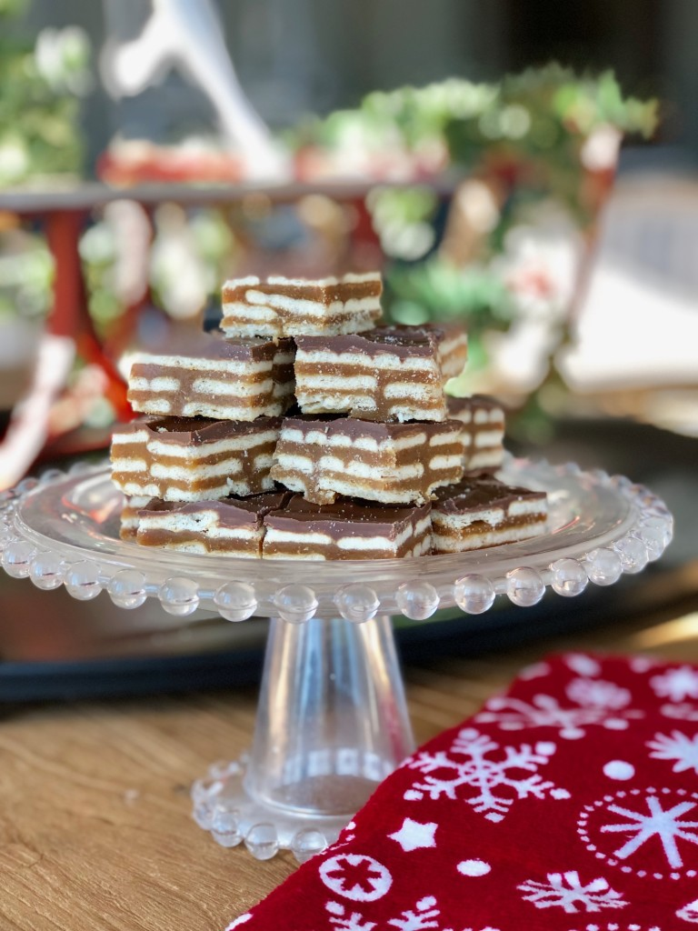 sweet n salty cracker bars 1